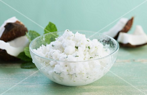 Coconut granita with mint