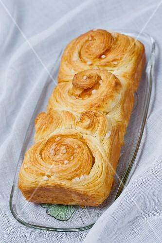 Puff pastry brioche with sugar nibs