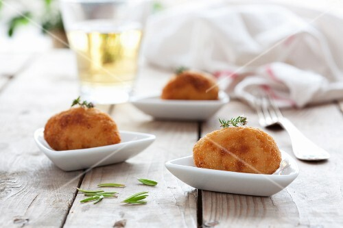 Chicken croquettes with rosemary
