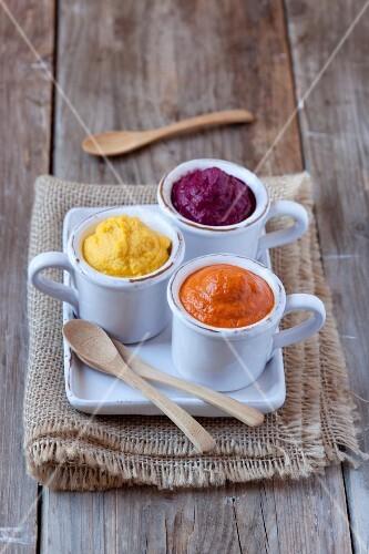 Various dips (hummus, beetroot and pepper)