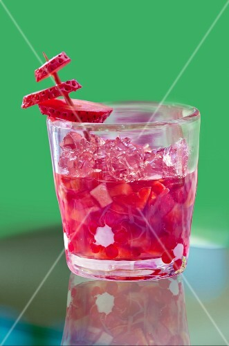 Strawberry jelly with hibiscus flowers