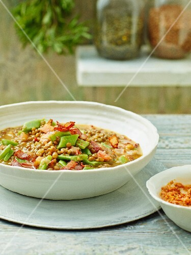 Lentil soup with tomatoes and beans