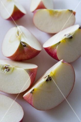 Apple quarters