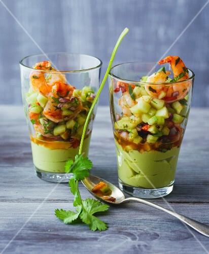 Spicy prawns with avocado cream, chilli, coriander and fresh cucumber