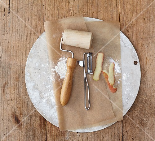 Baking utensils and apple peel