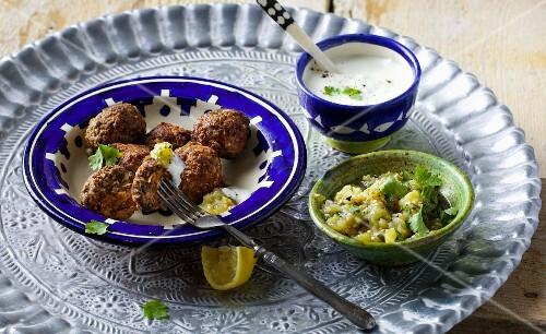Meatballs with an aubergine purée and a yoghurt dip