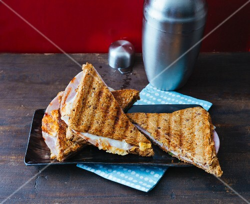 A toasted ham sandwich