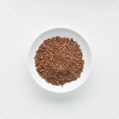 A plate of flax seeds