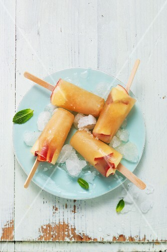 Homemade apple ice cream sticks with mint