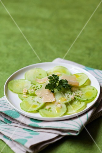 Green radish with Parmesan and parsley