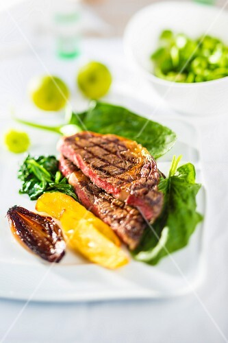Beef steak with spinach
