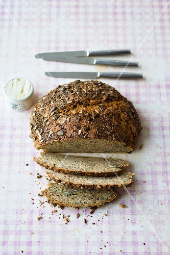 Spelt bread with chickpea flour, soya yoghurt and seeds