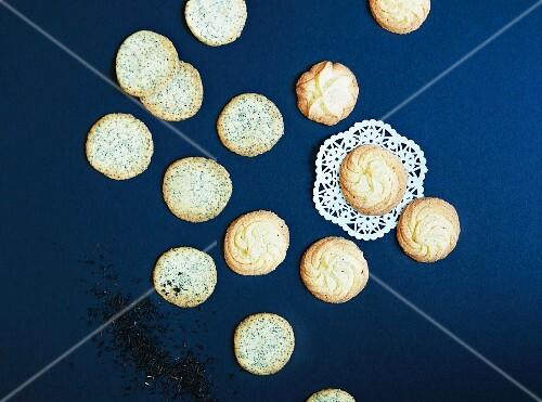 Earl Grey cookies and cardamom cookies