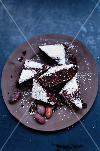 Cocoa sweet with coconut, dates and pecan nuts