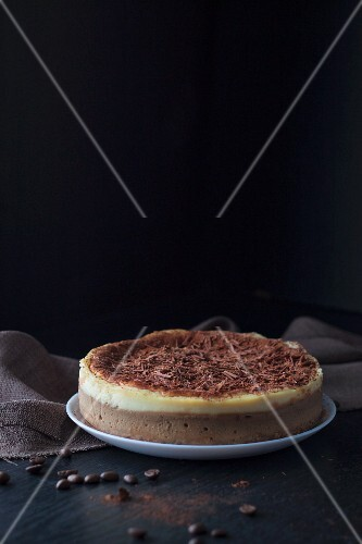 Tiramisu cheesecake with chocolate curls