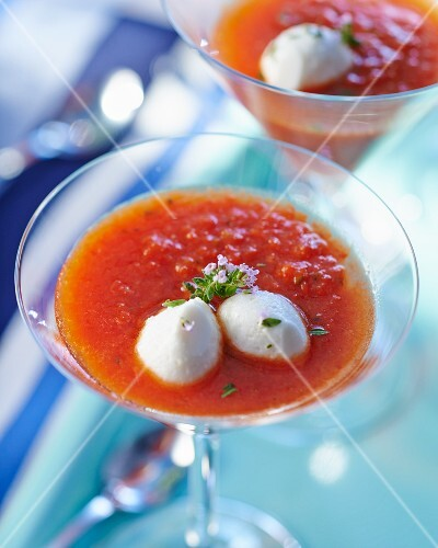 Gazpacho with tomatoes and thyme