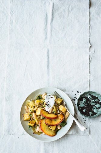 Vegetarian parsnip medley with white beans and apples