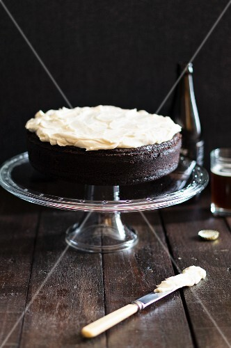 Stout cake on a cake stand