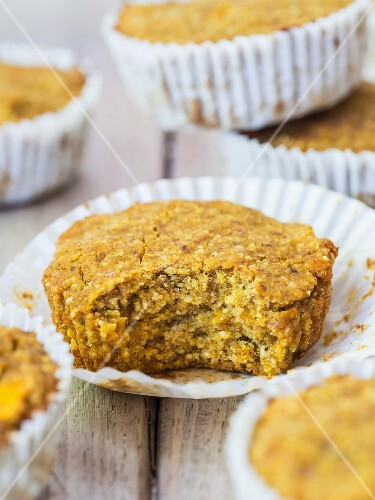 Lathe vegan pumpkin and millet muffins