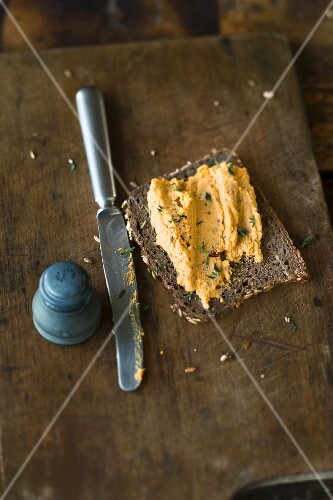 A sweet potato spread with goat's cheese and thyme