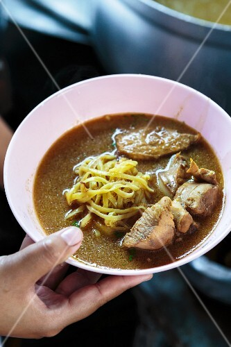 Khao soi (noodle soup with pork, Thailand)