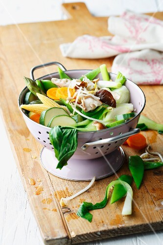Various types of vegetables in a colander