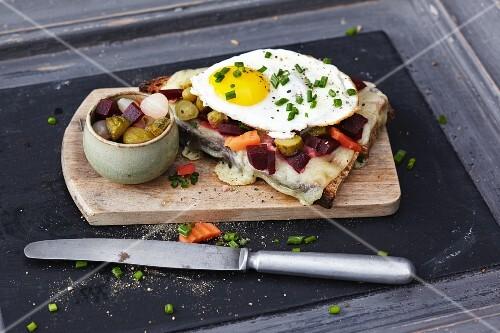 Oven-roasted vegetarian raclette
