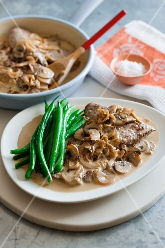 Veal in a mushroom marsala sauce with green beans