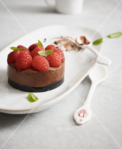 Vegan chocolate tartlet made from silken tofu