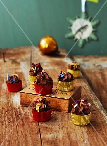 Vegan sage and cream truffle praline for Christmas