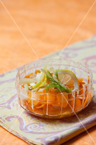 Marinated carrots with fennel and lemon