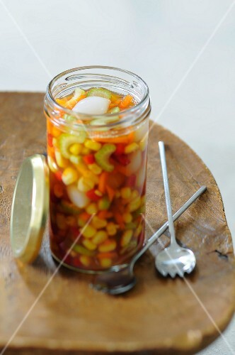 Preserved vegetables with sweetcorn
