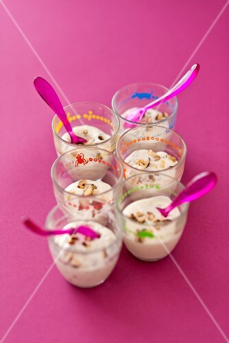 Six glasses of hazelnut cream