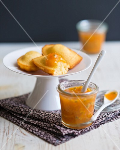 Madeleines and passion fruit jam