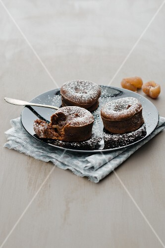 Moelleux au chocolat with chestnuts