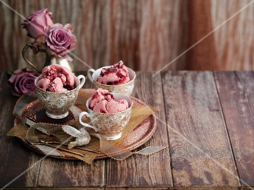Cherry ice cream in old-fashioned cups