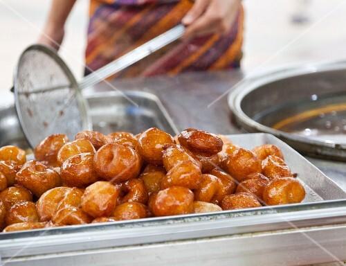Lokma (fried doughnuts, Turky), at a street market