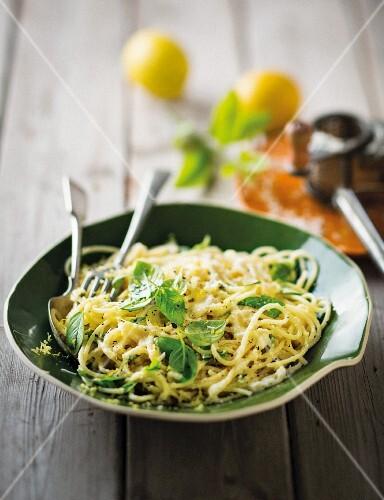 Pasta al limone (spaghetti with lemons, Parmesan and basil, Italy)