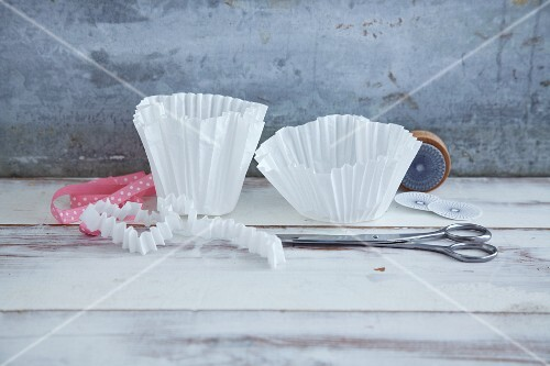 Paper muffin cases for decorating presents