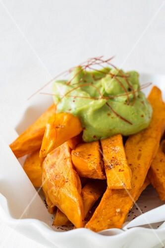 Sweet potato chips with avocado cream