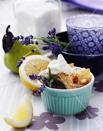 Pear crumble with lavender and nuts