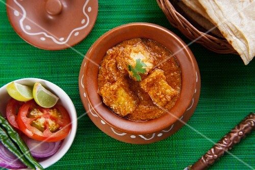 Shahi Paneer curry with rumali roti (cheese curry with unleavened bread, India)
