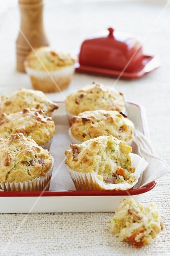 Spicy carrot and courgette muffins