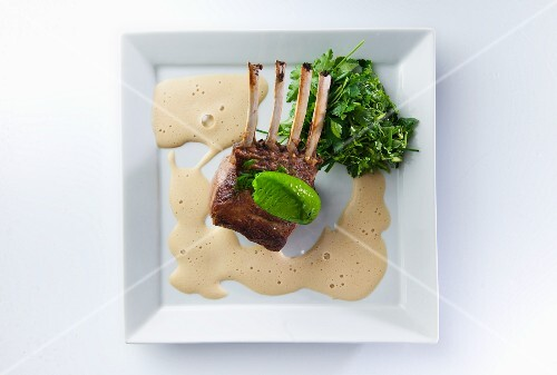 Rack of lamb with a Guinnes foam sauce and mushy peas