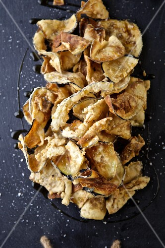 Aubergine chips with wildflower honey and sea salt (Italy)