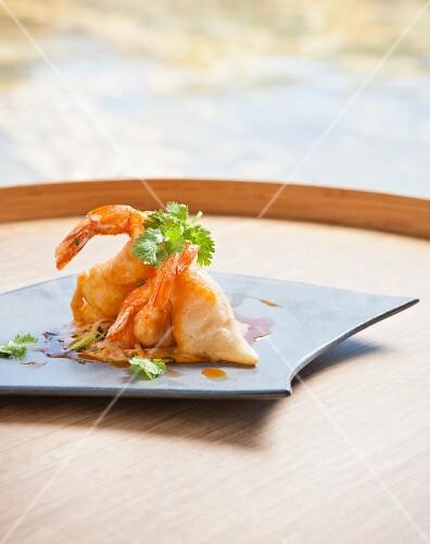 Marinated prawns with coriander
