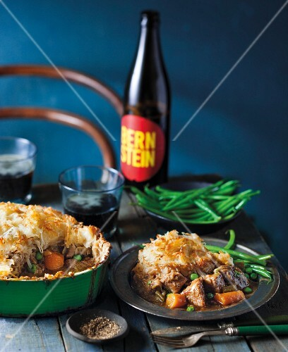 Steak and ale pie (Great Britain)