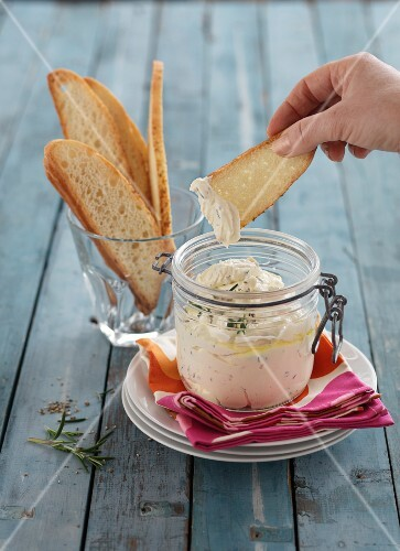 Feta dip with grilled bread