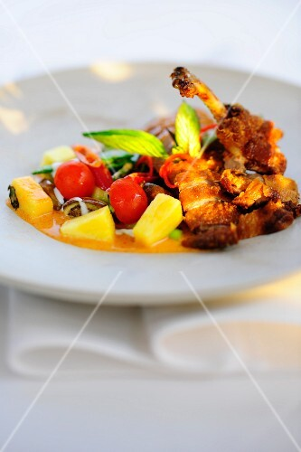Thai duck with pineapple and cherry tomatoes