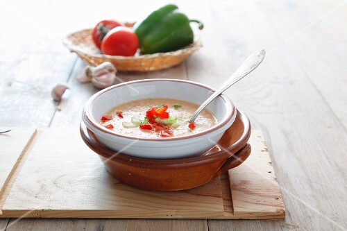 Gazpacho with peppers and tomatoes